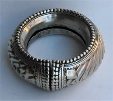 Traditional silver ankle bracelet - Madhya Pradesh, India - Late 19th/20th century