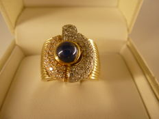 Gold ring (18 kt) with blue sapphire and diamonds for approx. 1.00 ct - Size 15
