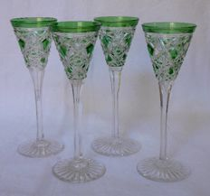 Service of 4 Baccarat crystal liquor glasses, model Lagny green overlay, France, early 20th century