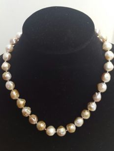 925 Silver - Freshwater cultured baroque pearl necklace - Length: 49 cm