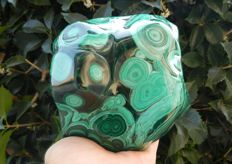 Large Polished Malachite -  170 x 130 x 80 mm - 2820.0 g