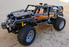 Technics - 8297 - Off Roader