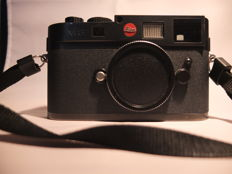 Leica M8 black chrome, digital camera, excellent condition with Voigtlander Nokton