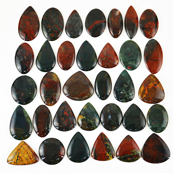 Big Bloodstone Jasper Cabochons gem lot - 304 gm - 1520 ct. (33)
