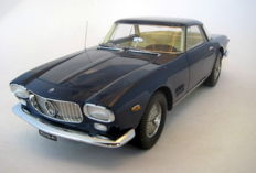 Neo Scale Models - Schaal 1/18 - Maserati 5000 GT Allemano 1959/65 - Blue