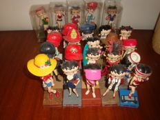 Collection of 25 resin dolls Betty Boop copyright KFS/FS TM Hearst/FS""