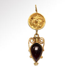 Roman Gold and Garnet Amphora Pendant - 5 cm