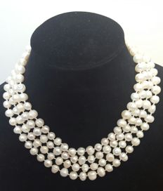 XL necklace composed of freshwater pearls - Length: 180 cm