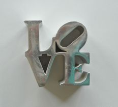 Robert Indiana - LOVE Chrome Metal Sculpture + US Stamp Sheet