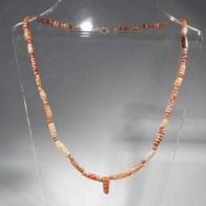Rare:  necklace of etched carnelian beads. L 48 cm