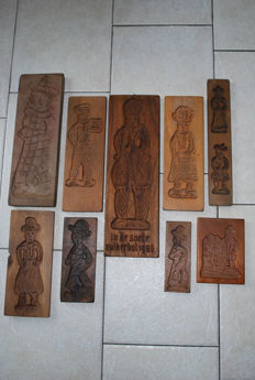 Large collection of nine pieces of beechwood and oak Old Dutch gingerbread / biscuit planks up to 50 cm