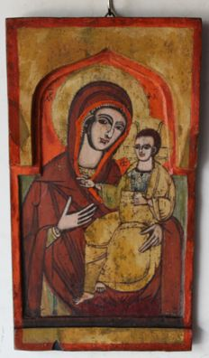 "Unknown artist - Polychrome icon - "" Madonna con Bambino "" Macedonia  XIX century"