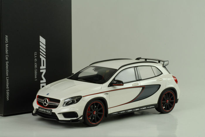 GT-Spirit - Mercedes-Benz GLA 45 AMG Edition 1 - White / Black