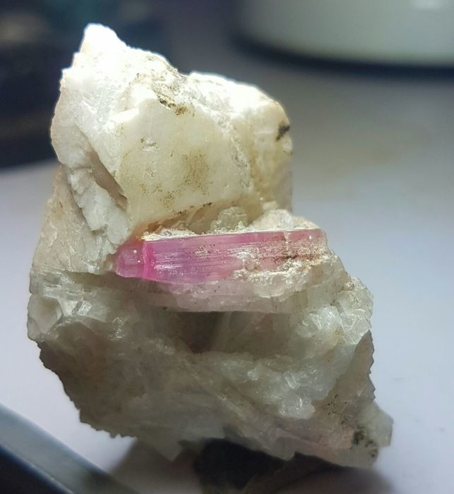 Pink Tourmaline crystal on matrix - 47 x 31 x 28 mm - 35 gm