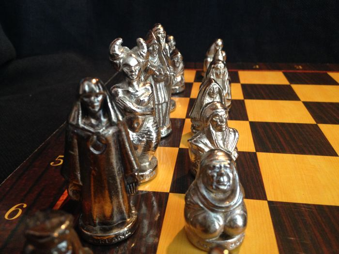 The Witches World Chess