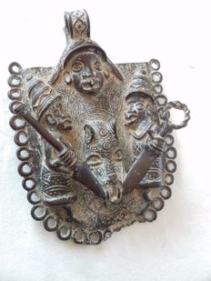 Royal bronze plastron, pendant - ZULU or XHOSA - South Africa