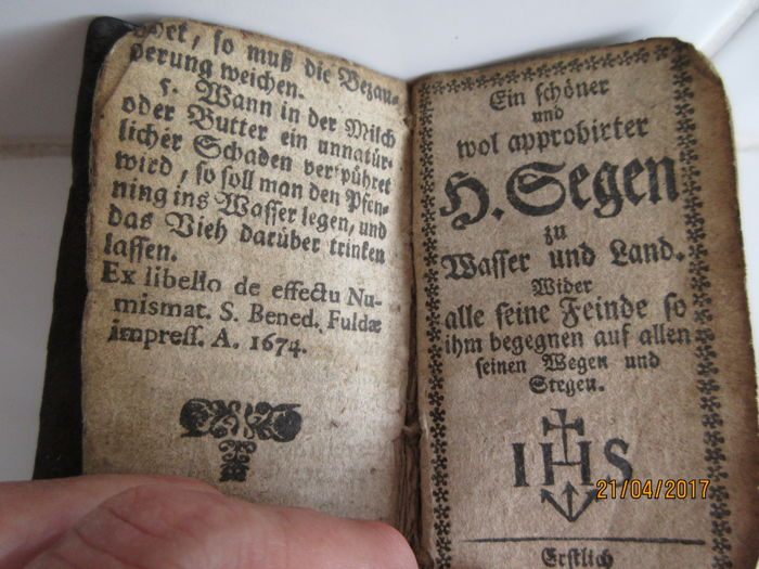 Convolute with 2 illustrated religious chapbooks - early 18th