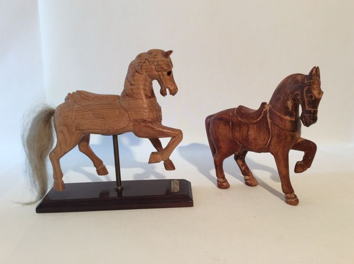 New Two unique vintage hand carved wooden horses - circa 1950/1970  DN53