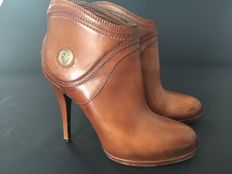 Gucci - women's boots