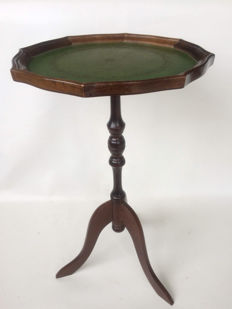 Wooden wine table in Regency style with leather table top, second half of 20th century