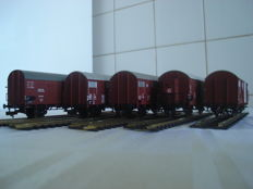 Fleischmann H0 - 5308, 5310, 845312, 531602, 533002 - 5 closed freight cars of the DB, DR, SOB