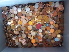 World - Lot of world coins - Over 10 kg