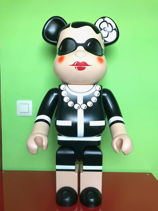 Medicom x Karl Lagerfield - Bearbrick 1000% Chanel
