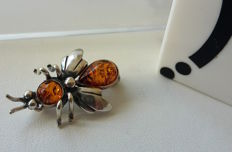 "Beautiful brooche ""the Bee""- natural Baltic Amber - silver 925 - no pressed - UV test"