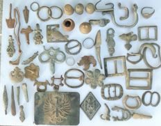 Lot of over 70 different pieces of archaeology