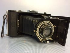 Zeiss Ikon Derval folding camera