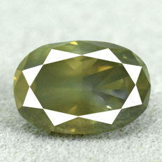 Diamond - 0.91ct, SI1 natural fancy greenish yellow	 - NO RESERVE PRICE