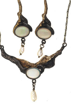 Filigree antique 925 silver set gold-plated necklace and pendant earrings handmade with opal and freshwater pearl