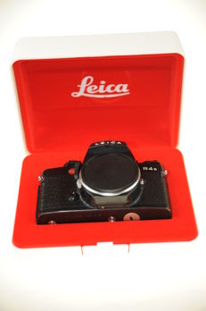 Leica R4s body in Box