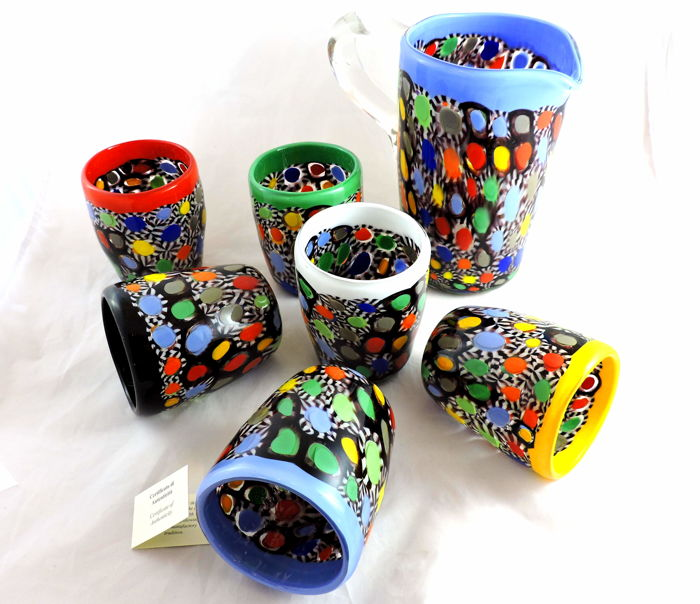 MuMa Italy – Set of 6 glasses (furnace goblets) + Jug. With multi-coloured murrine and vitreous paste.