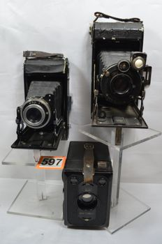 3x Zeiss Ikon / Box Tengor / 529-2 Ikonta / and others