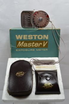 Weston Master V exposure meter and Invercone
