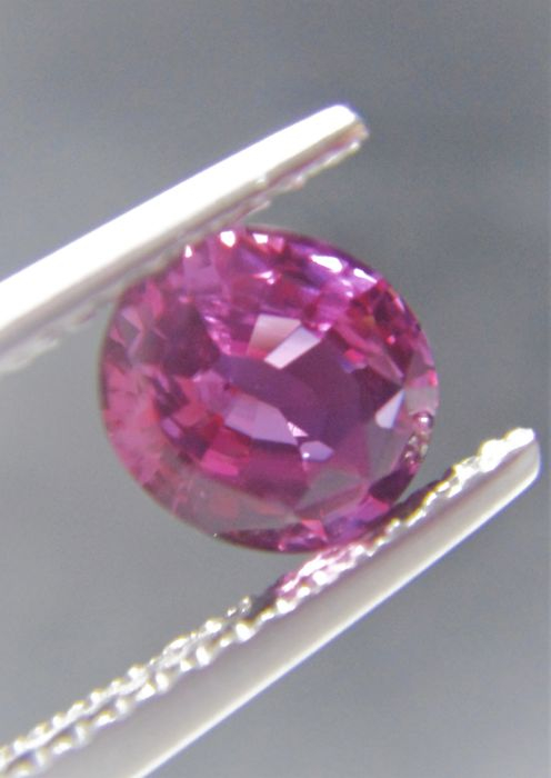 Pink Sapphire - 1.01 ct