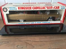 "Bandai, Japan - Length 34 cm - Tin ""King Size Cadillac Gear Shift Car"" with battery engine, 1960s"