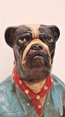 Hand-painted polystone heavy sculpture of a bulldog - 49 cm high