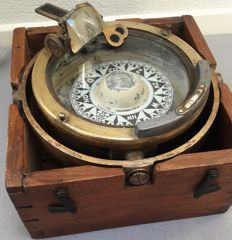 W. Boosman Amsterdam - large antique dry compass in chest