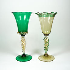 Stefano Mattiello (Murano) - pair of collectable goblets