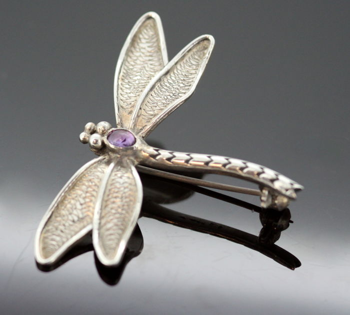 Vintage Sterling Silver Dragonfly Brooch With Amethyst ( 0.03 ct ), Import Circa.1990's