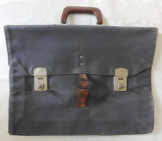 RAF Cheney briefcase Air Force KLu