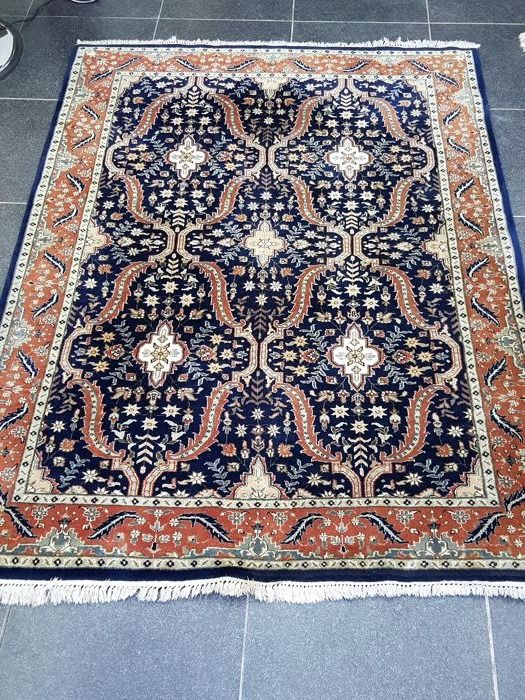 India - Very beautiful Persian hand-knotted carpet - 2nd half of the previous century - Size 174 cm x 252 cm