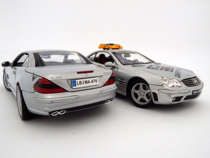 Maisto premiere - Scale 1/18 - Lot with 2 models: 2x Mercedes-Benz SL55 AMG (R230) street and safety car versions