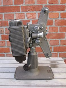 Movie projector vintage model 85 /8 mm, 1945