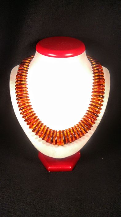 100% Genuine Baltic Amber necklace, length 50 cm, 62 grams