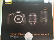 Nikon D5200 double VR super zoom kit