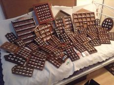 Collection of 854 thimbles (including USA)