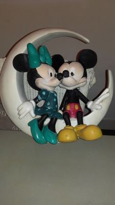 Disney - Figure - Minnie and Mickey as couple sitting on the moon (1980/1990)